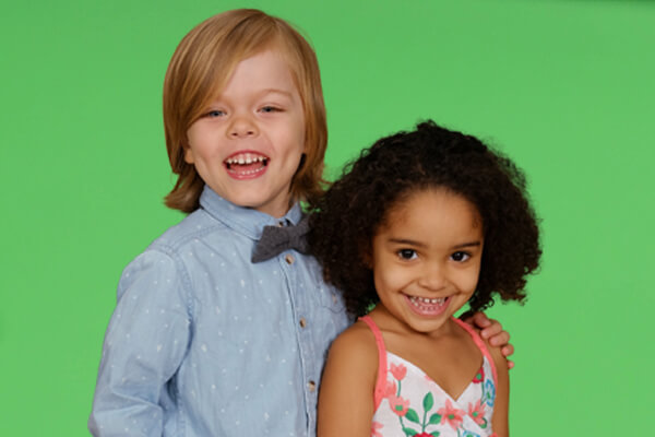 kids-portrait-green-screen-background